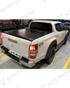 MT Roll Cover black – Mitsubishi L200